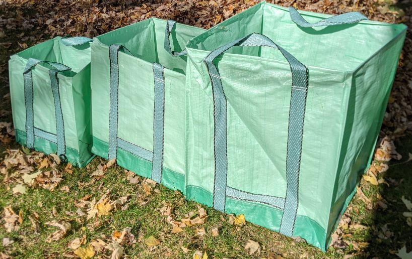 Garden-Bag comes in 3 practical sizes